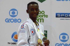 Ryan Guimarães, morador do Complexo do Alemão, Campeão Brasileiro dos Jogos Escolares da  Juventude/2016